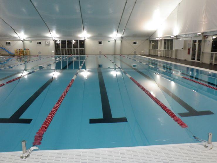 Selb piscines ephemeres et spas amovibles for Dimension piscine olympique